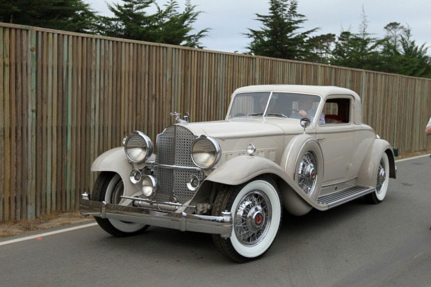 1932 Packard 904 Deluxe Eight Dietrich Stationary Coupe