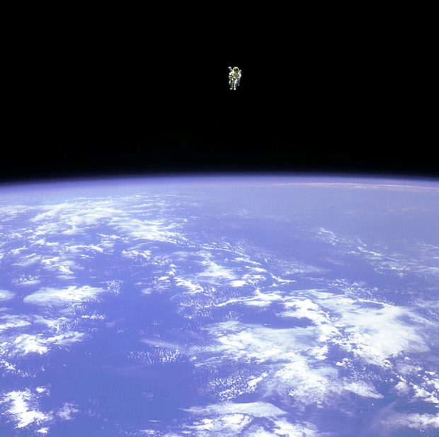 bruce-mccandless-making-the-first-untethered-spacewalk
