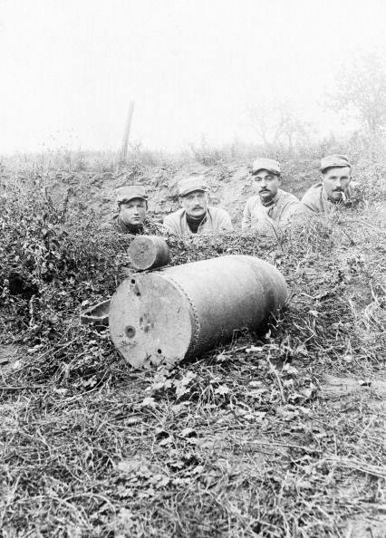 world-war-one-220-mm-german-shell-unexploded-somme-1916