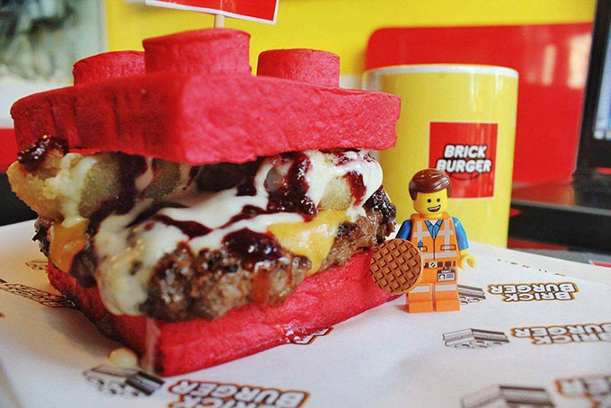 lego-bun-hamburgers-from-the-philippines-3